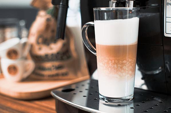 Delonghi ECAM 22.110b Latte Macchiato